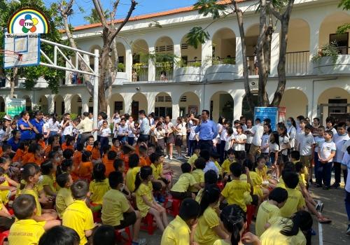 Chuyến đi tham quan trường tiểu học NAM SÀI GÒN của các bạn lớp Lá (5-6 tuổi)