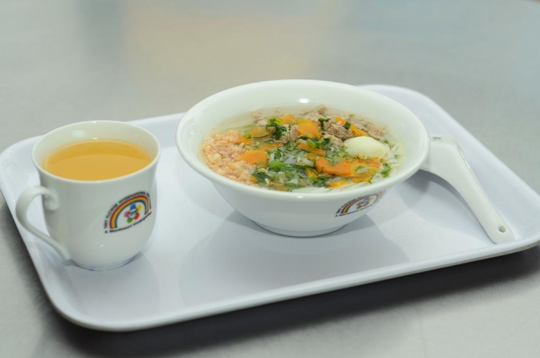 Shrimps & meat rice noodles